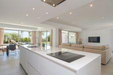 Villa en Benissa - Graham Holiday Rentals - La Fustera
