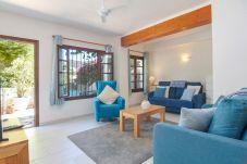 Ferienwohnung in Moraira - Graham Holiday Rentals - Bahia del...