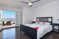 Villa in Moraira - Graham Holiday Rentals - Saira