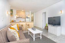 Apartment in Calpe / Calp - Graham Holiday Rentals - Las Salinas